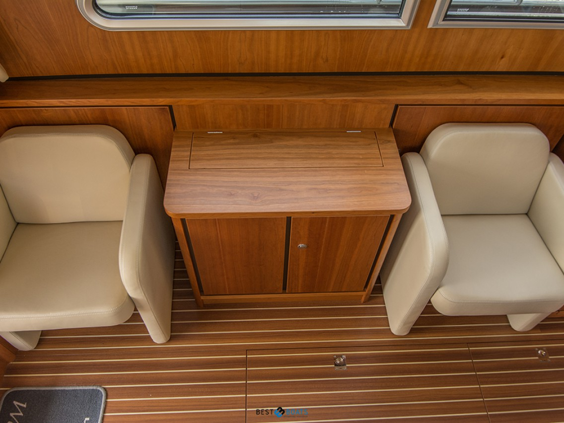 Linssen Grand Sturdy 36.9 Sedan Longtop